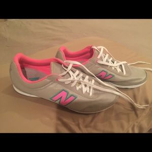 New Balance shoes worn once indoors. Like new